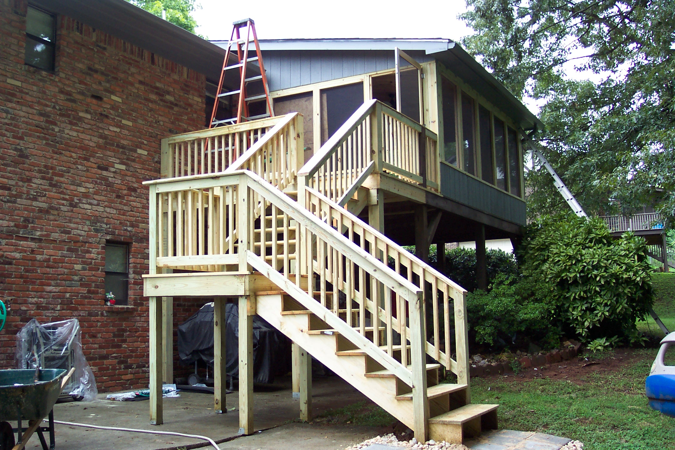 back porch and stairs tennessee deck builders